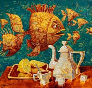 Натюрморт с необычными летающими золотыми рыбками придает напитку необычную изысканность.